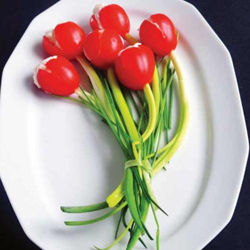 Ehető tulipán sajtkrémmel