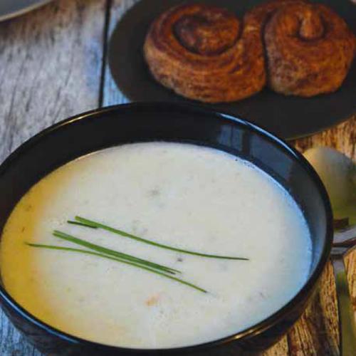 francia hagymakrémleves és fahéjas-vaníliás csiga