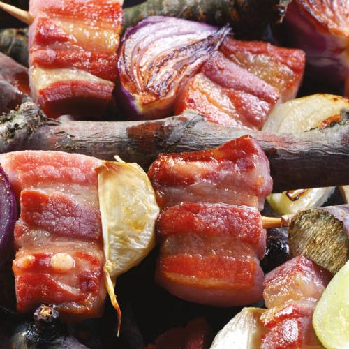 Rablónyárs húsos szalonnával és hagymákkal